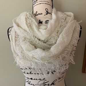 Accessories - NEW White lightweight infinity scarf.